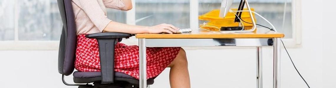 5 sfaturi pentru a avea o pozitie corecta la birou